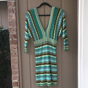 MARCIANO GUESS DEEP V NECK MISSONI STYLE DRESS S